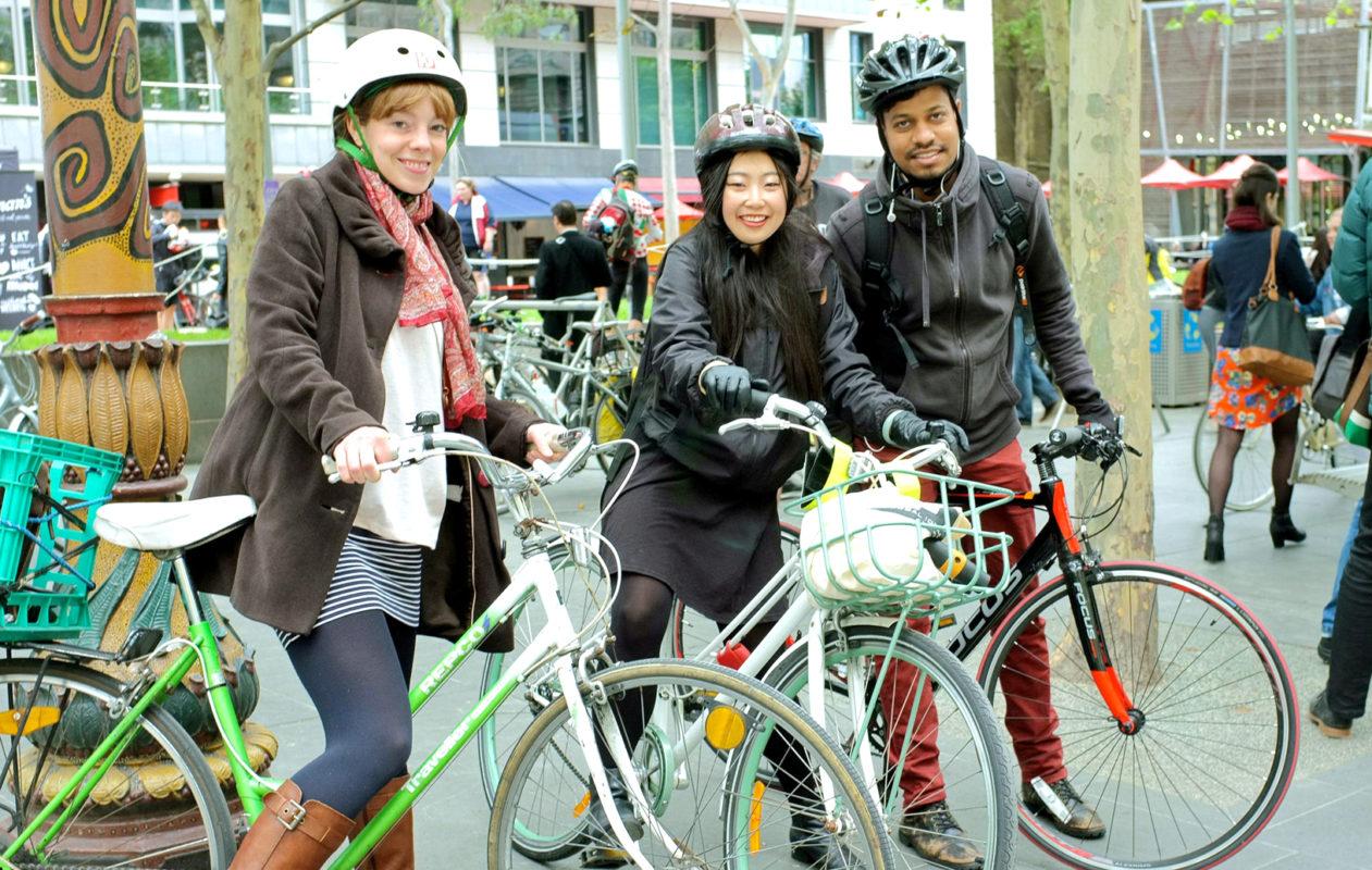 Bike commuters Melbourne