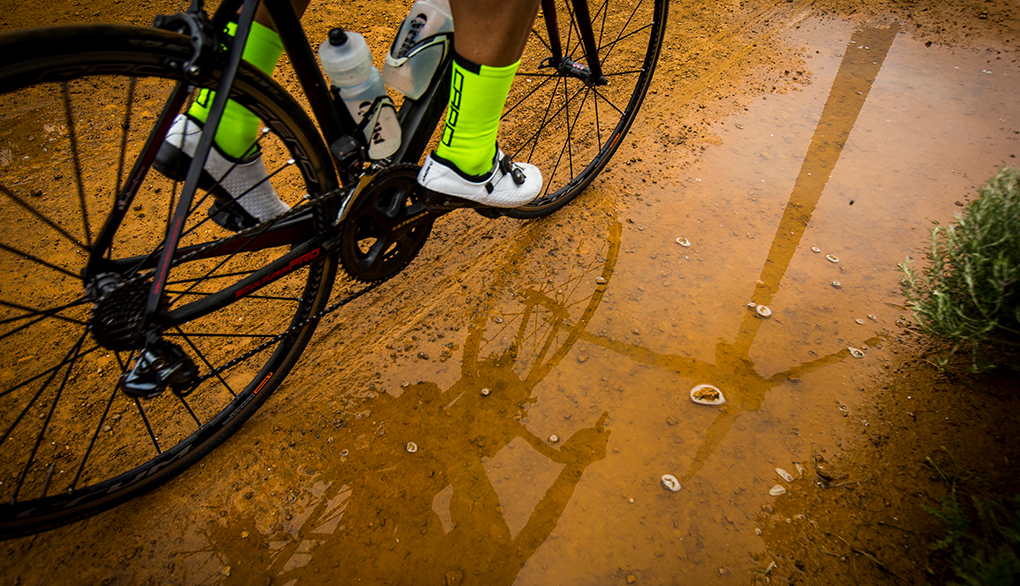 f14665039e3 Gravel riding takes you to wonderful places, but many of them are  inhospitable to road shoes/pedals. We advise using mountain bike pedals  (SPD, ...