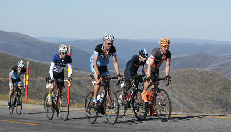 Cyclist's climbing Mt Hotham in 2014