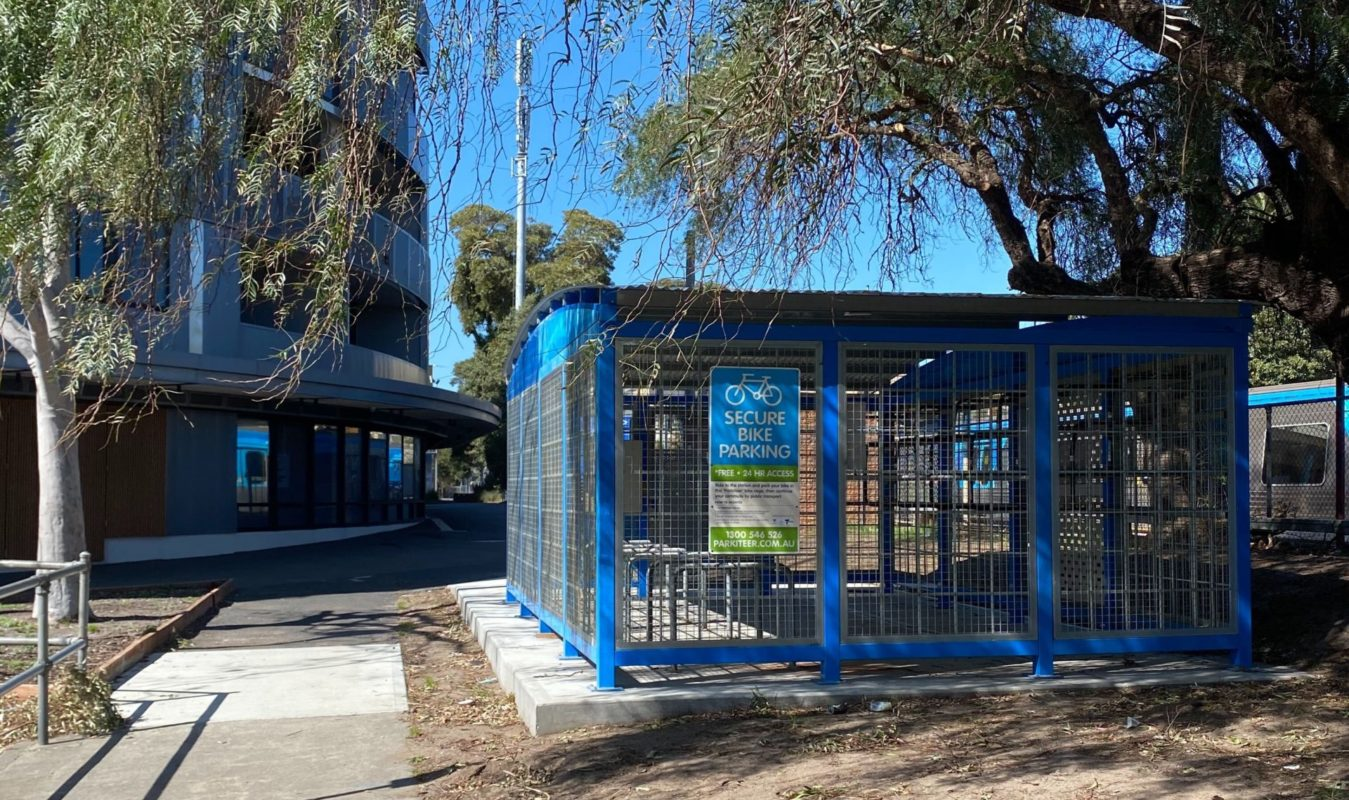 Recycled Hampton Parkiteer Cage